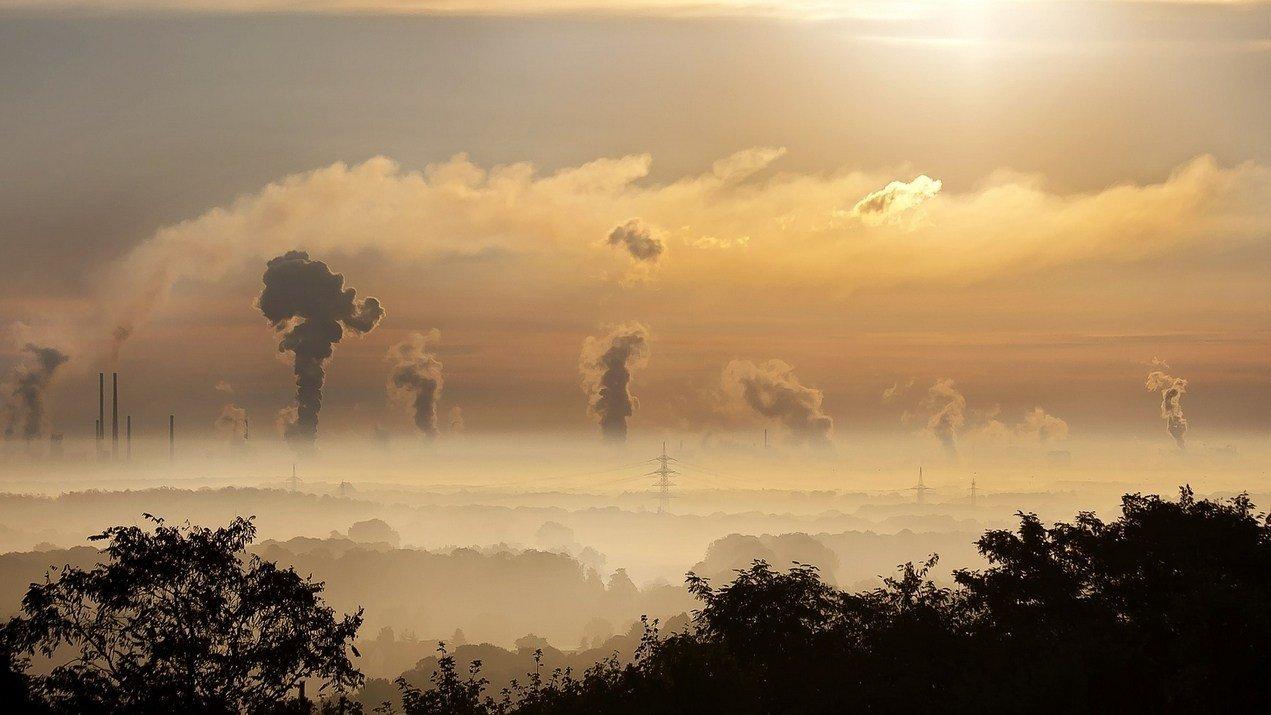 Smog: come proteggersi dai rischi dell'inquinamento dell'aria